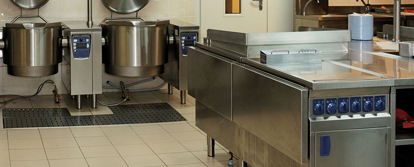 Turn to garbage disposal service to keep your store clean and hygienic